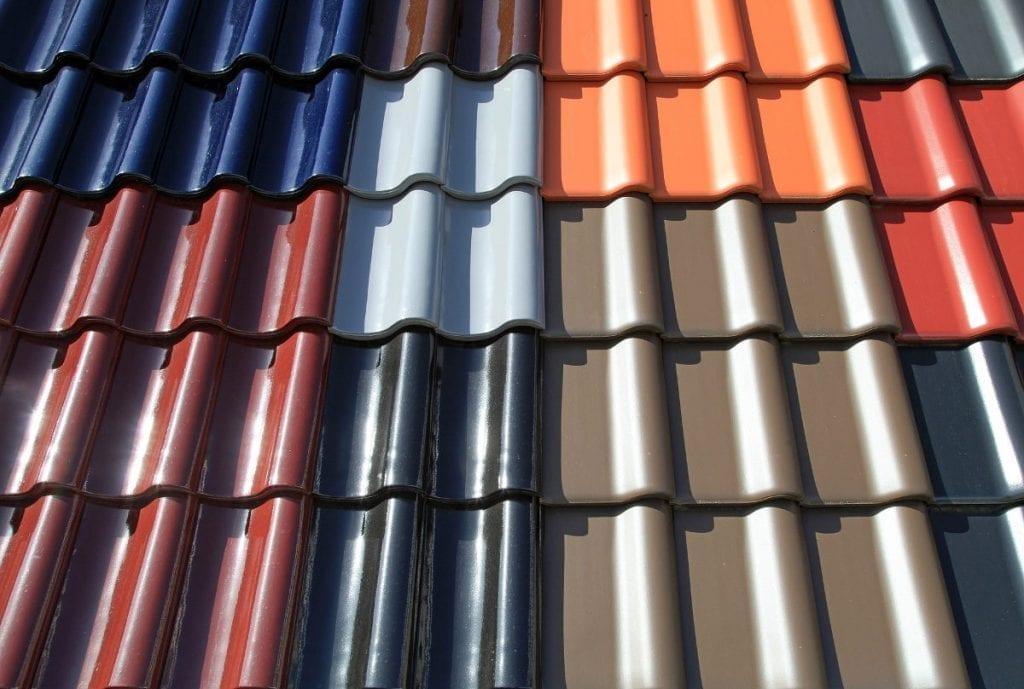 Takpannor i olika färger - takläggare Norrköping